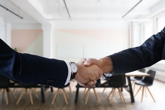 shake hands business